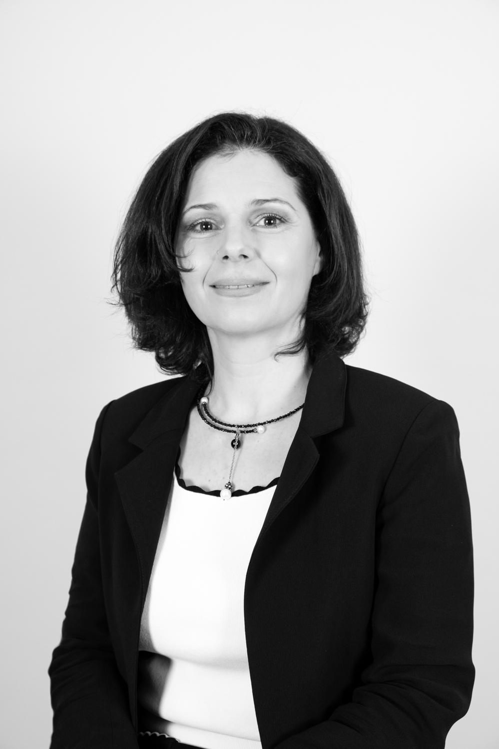 Séverine Valent - Avocat en droit des sociétés à Paris